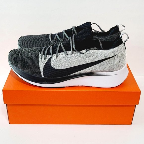 Nike Zoom Fly Flyknit BV6103-001 Running Shoes